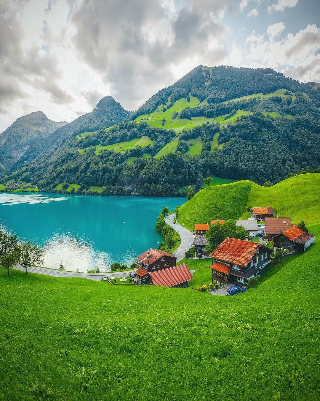 Красивые пейзажи от Кума Чевика