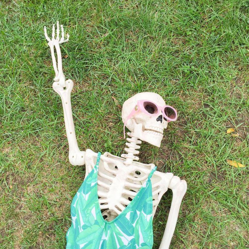вас смешные картинки с скелетами может