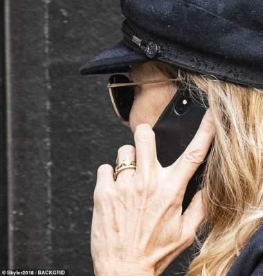 Знаменитую голливудскую актрису заподозрили в тайном замужестве