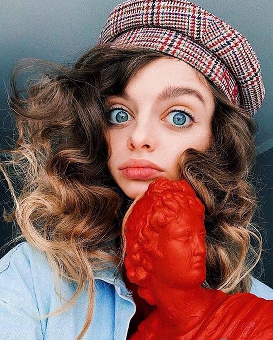 Блогерши из Instagram, которые хотят стать похожими на живых кукол