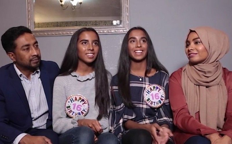 Разделенные сиамские близнецы отпраздновали 16-летие