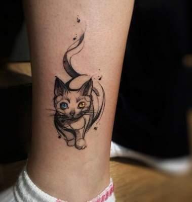 Оригинальные идеи «кошачьих» татуировок. Фото