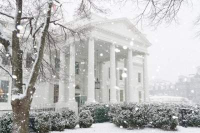 Иванка Трамп показала Белый дом зимой. Фото