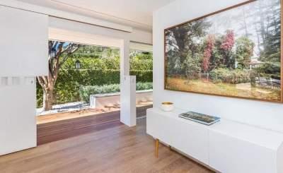 Орландо Блум продает роскошный особняк в Беверли-Хиллз