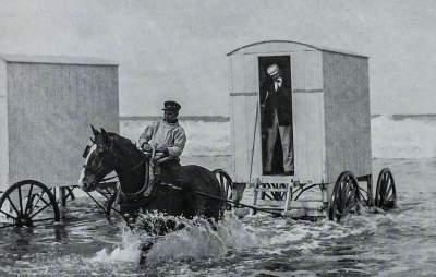 Как отдыхали на популярных британских курортах в 1890-х годах. Фото