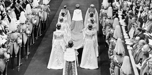Коронация Елизаветы II в уникальных снимках. ФОТО