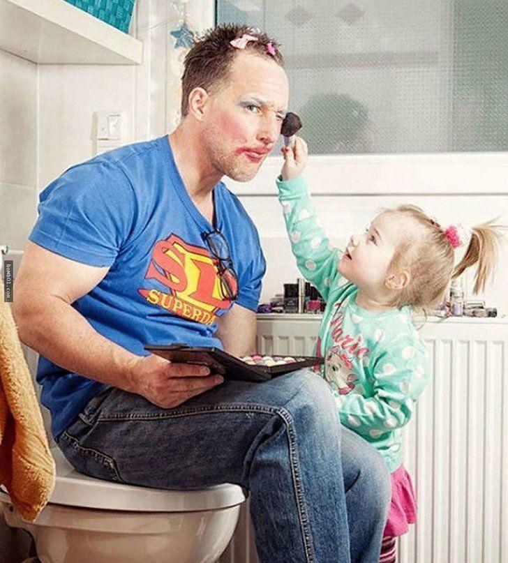 Эти веселые отцы готовы на все ради своих детей. ФОТО