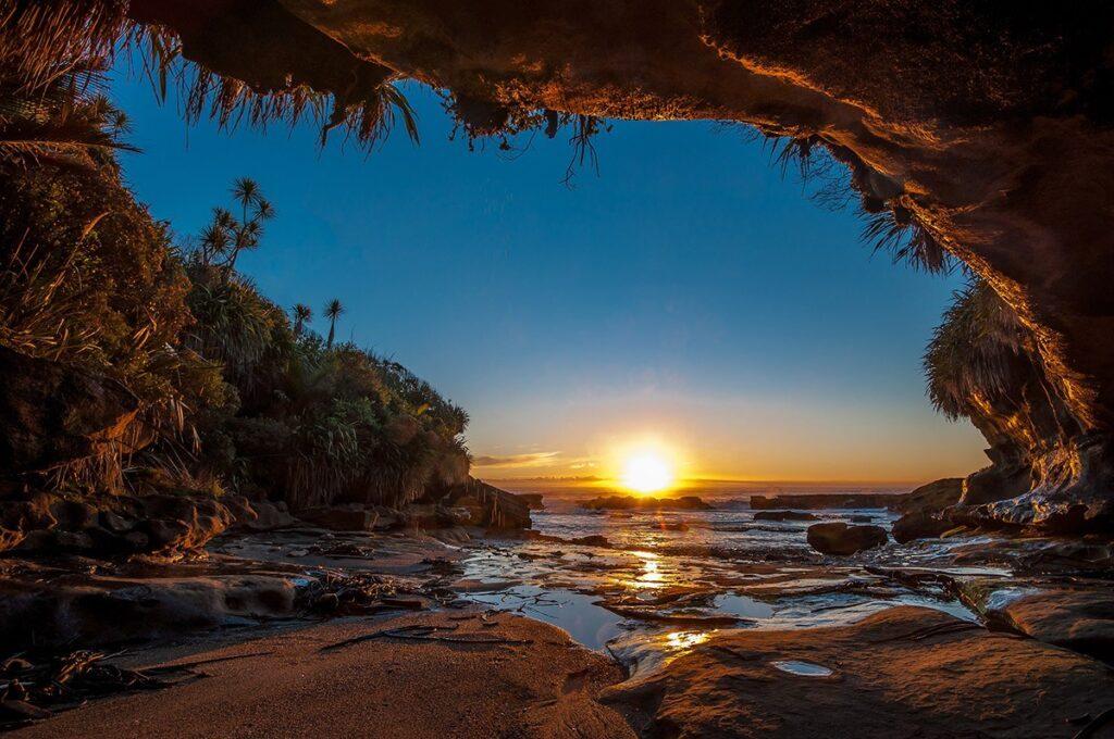 Невероятные пейзажи «райского» острова в Тихом океане. Фото