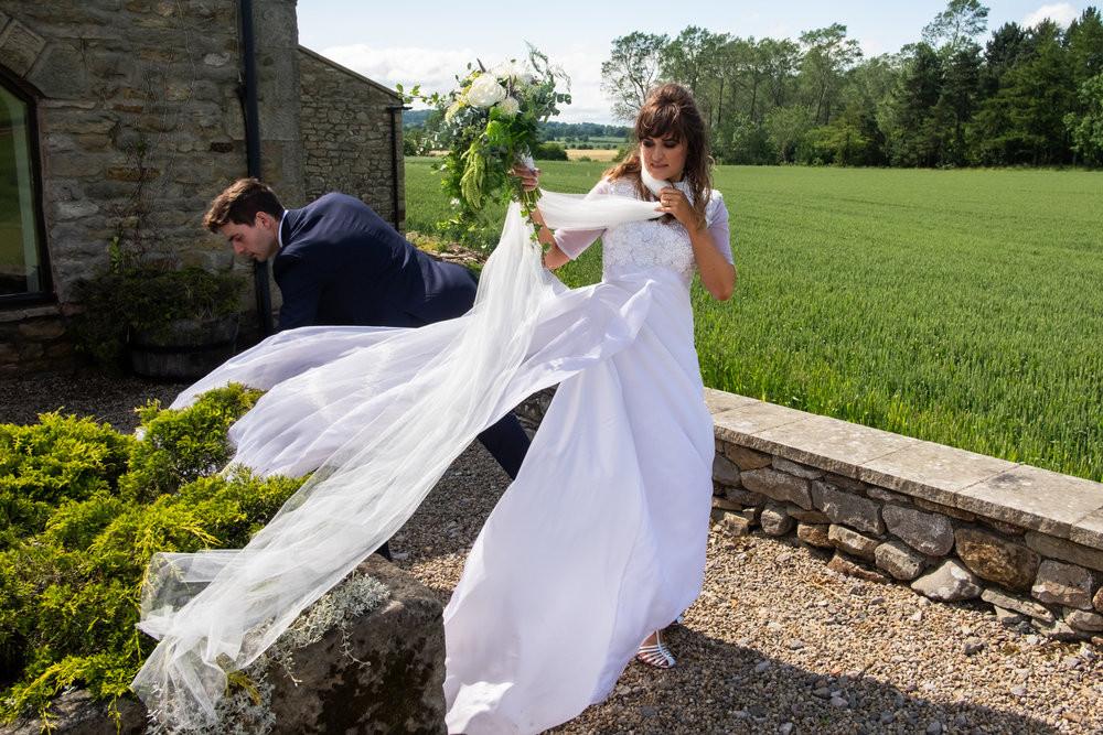 исправить свадебные фото изготовленная индивидуальному заказу