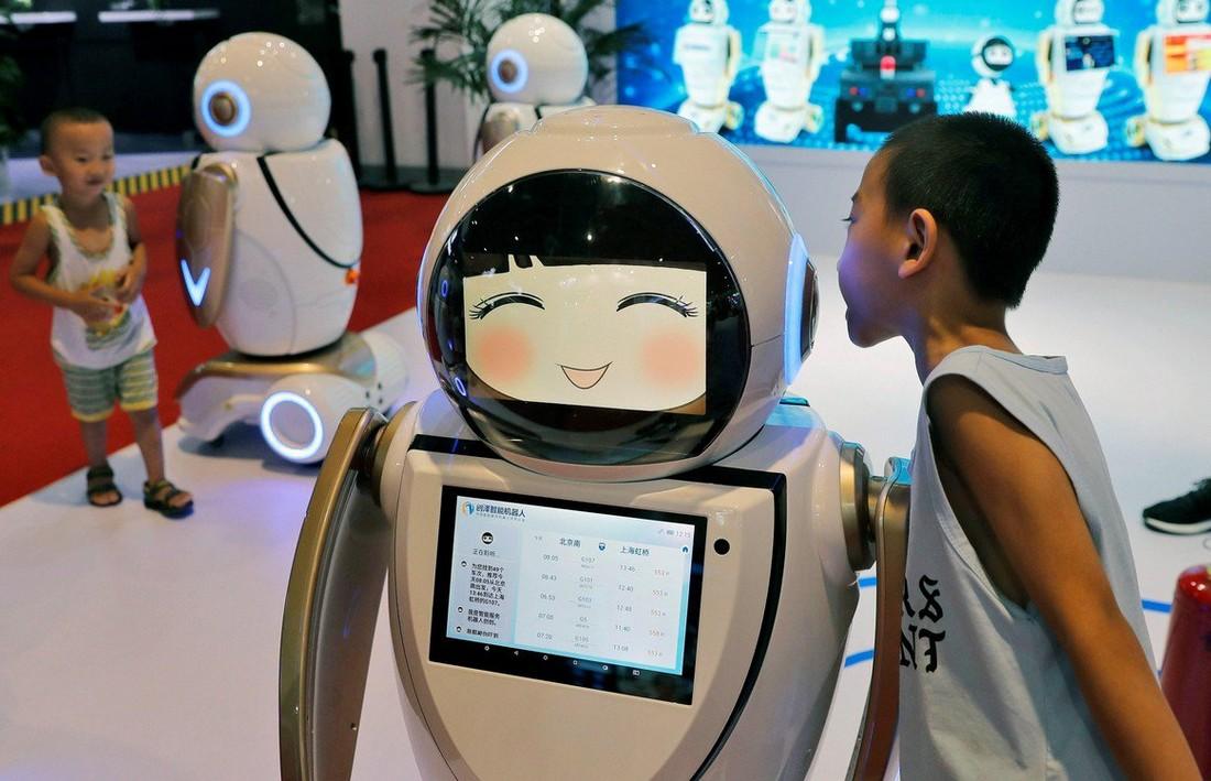 Всемирная конференция по робототехнике 2019 в Китае