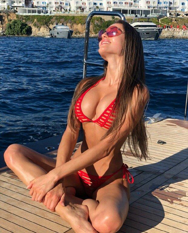 В сети показали подборку лучших фото победительницы Мисс Украина-2019. ФОТО