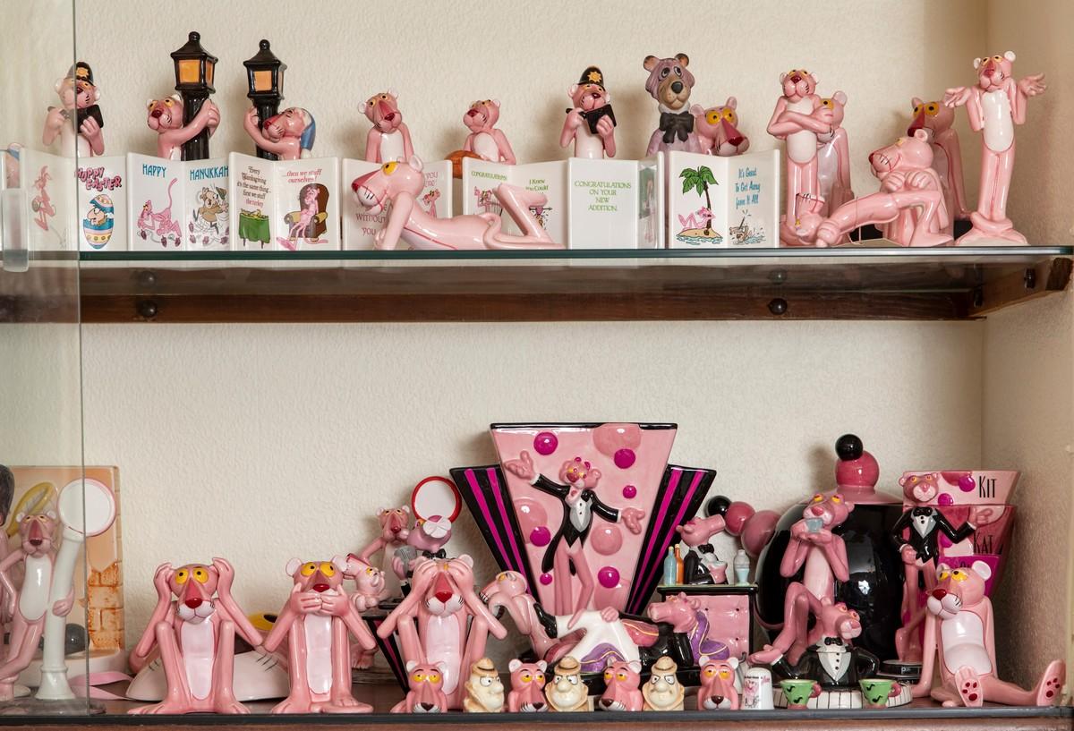 Британка просто одержима Розовой пантерой