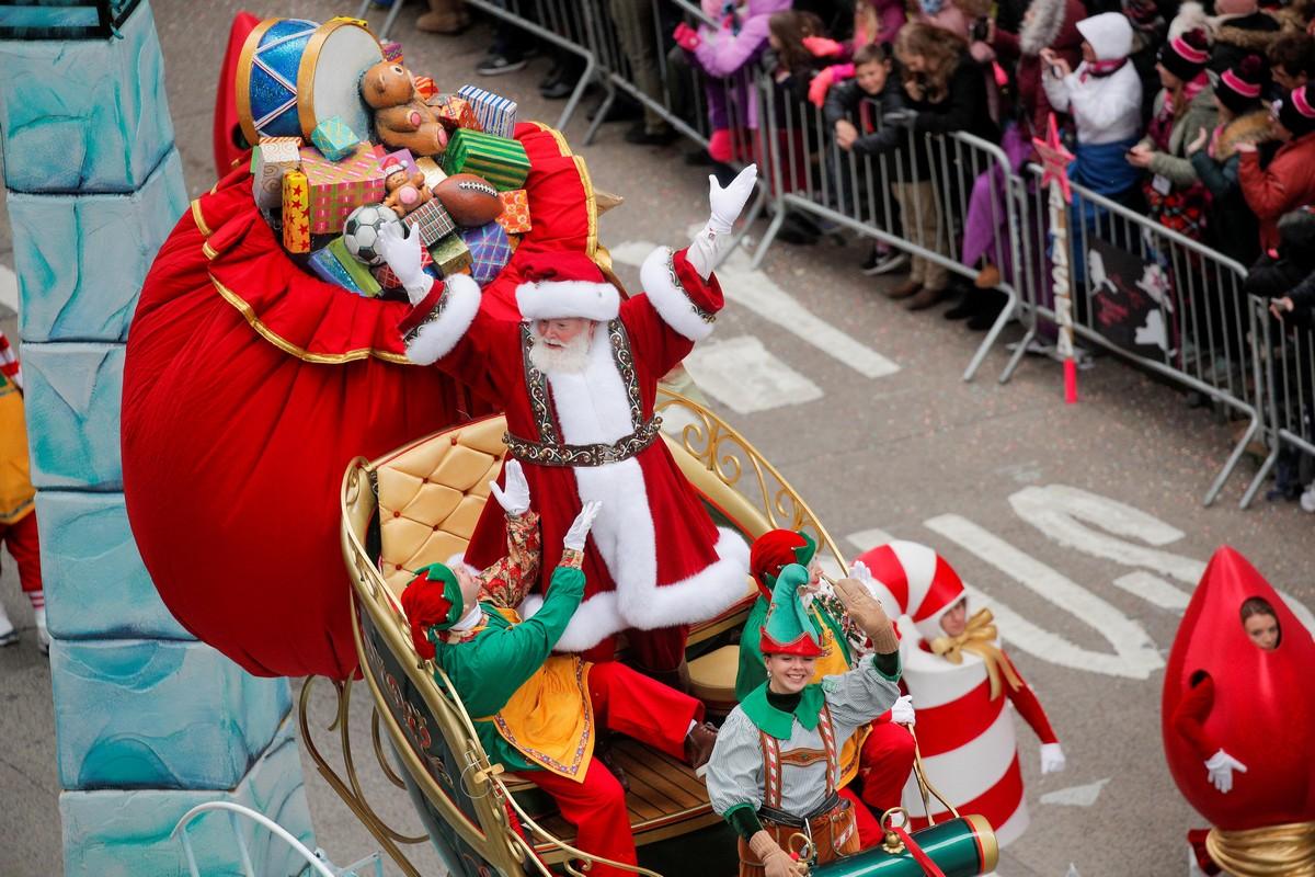 Парад в честь Дня благодарения в Нью-Йорке