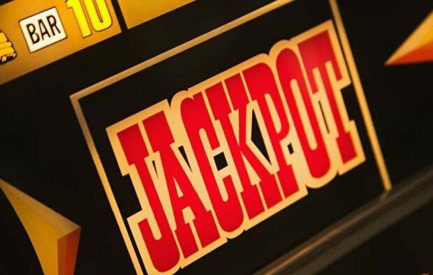 Мужчина сорвал джекпот в 15 миллионов долларов и отказался от выигрыша