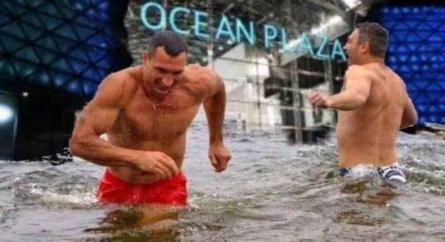 Соцсети фотожабами отреагировали на потоп в Киеве. ФОТО