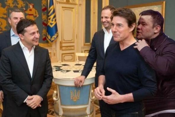 «Я не твой Андрейка»: соцсети отреагировали фотожабами на отставку Богдана. ФОТО