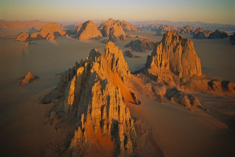 10 потрясающих видов на пустыни с воздуха. ФОТО