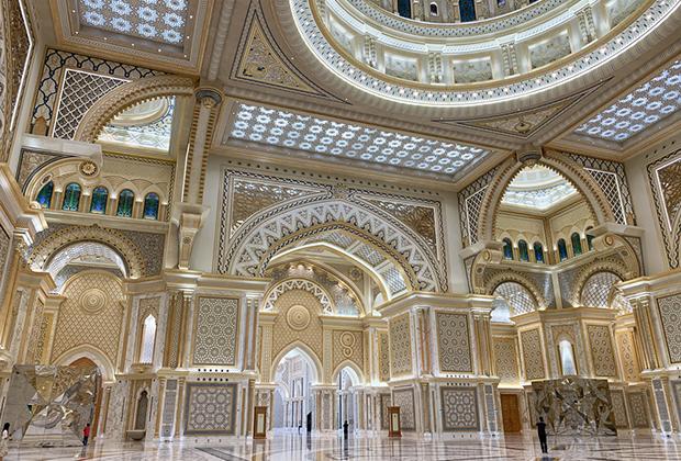 Президентский дворец Каср Аль Ватан в Абу-Даби