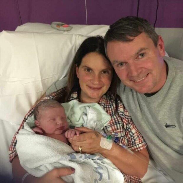 Женщина родила 20-го ребёнка в 42 года: как выглядит сейчас большая семья. ФОТО